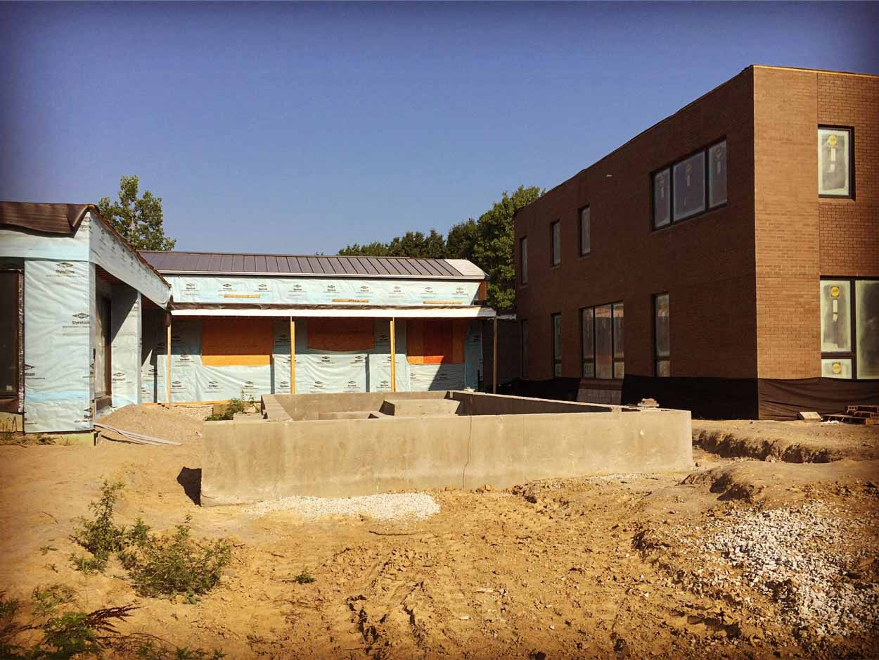 New Modern House Ditch - Infinity Pool - Courtyard - Progress - HAUS Architecture, Christopher Short, Indianapolis Architect