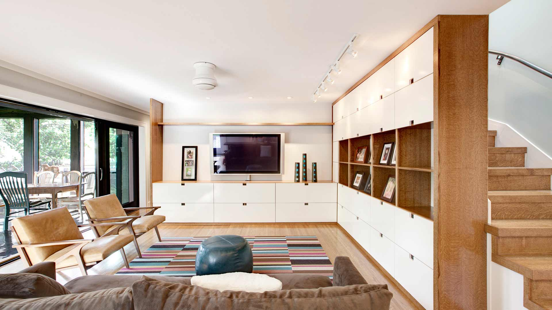 Butler Tarkington Modern Tudor - Scandinavian Interior Media Center, HAUS Architecture, WERK Building Modern