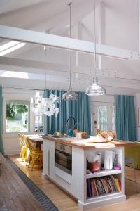 Design Sponge - Vibrant Playful Home Creative Family Indianapolis - Kate Oliver