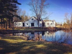 Modern Farmhouse 3 - February 2017 Exterior - Christopher Short, Architect, Indianapolis, HAUS Architecture