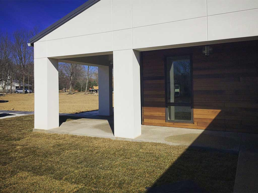 New Modern House Ditch - Side Porch Detail