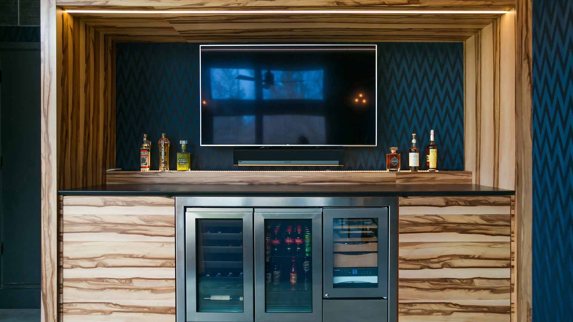 Bar Cabinet Detail - Cigar Room - Midcentury Modern Addition - Brendonwood, Indianapolis - Christopher Short, Paul Reynolds, Architects, HAUS | Architecture For Modern Lifestyles - WERK | Building Modern - Paul Reynolds, Project Manager