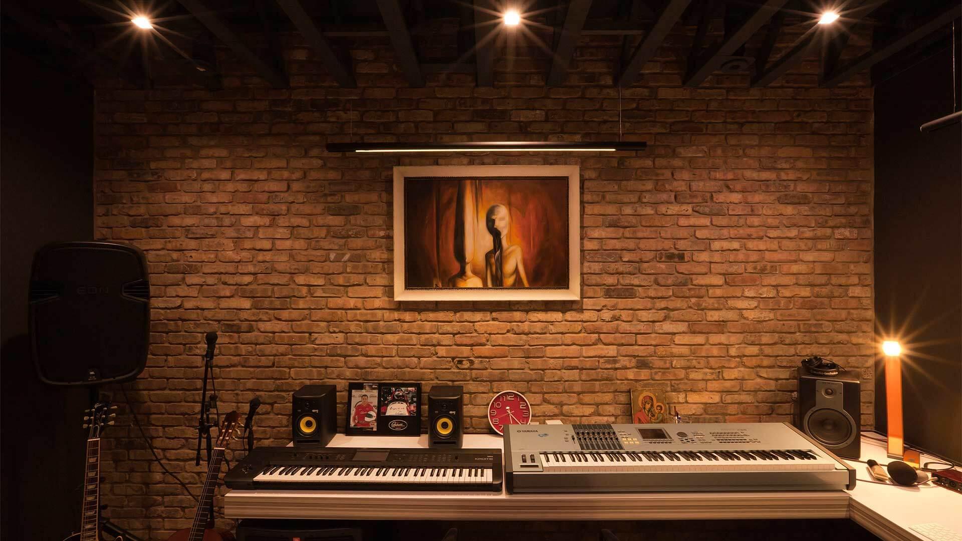 Downstairs Sound Studio - Minimalist Modern - Indian Head Park - Chicago, Illinois - HAUS   Architecture For Modern Lifestyles, Christopher Short, Indianapolis Architect with Joe Trojanowski